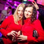 image pacha_flower_party120_cat12_c1e0cec8tr-4-jpg